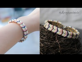 Easy to make chevron bracelet with only seed beads. Jewelry making tutorial