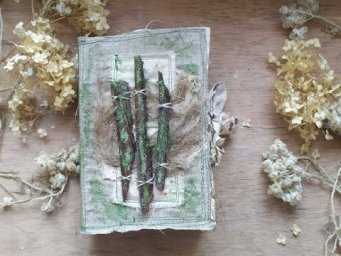 "Eco Botanical Junk Journal ""Mossy Twig Bark"" / Cadence Moss Effect Paint"