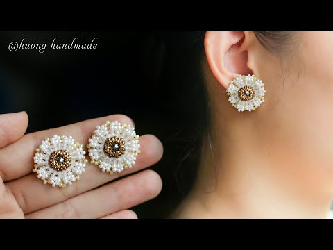 DIY daisy beaded stud earrings with seed beads