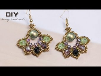 Beaded earrings. Lotus earrings. Easy to make beaded earring. Jewelry making tutorial